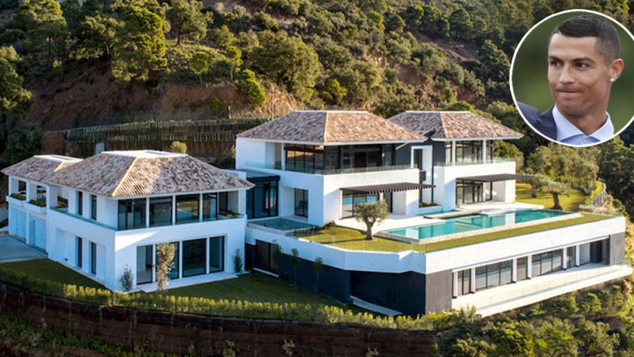 Unutrašnjost luksuzne vile legendarnog fudbalera: Kako Ronaldo i njegova porodica žive?