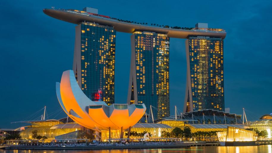 Arhitektonsko čudo Singapura: Marina Bay Sands je hotel s bazenom u oblacima